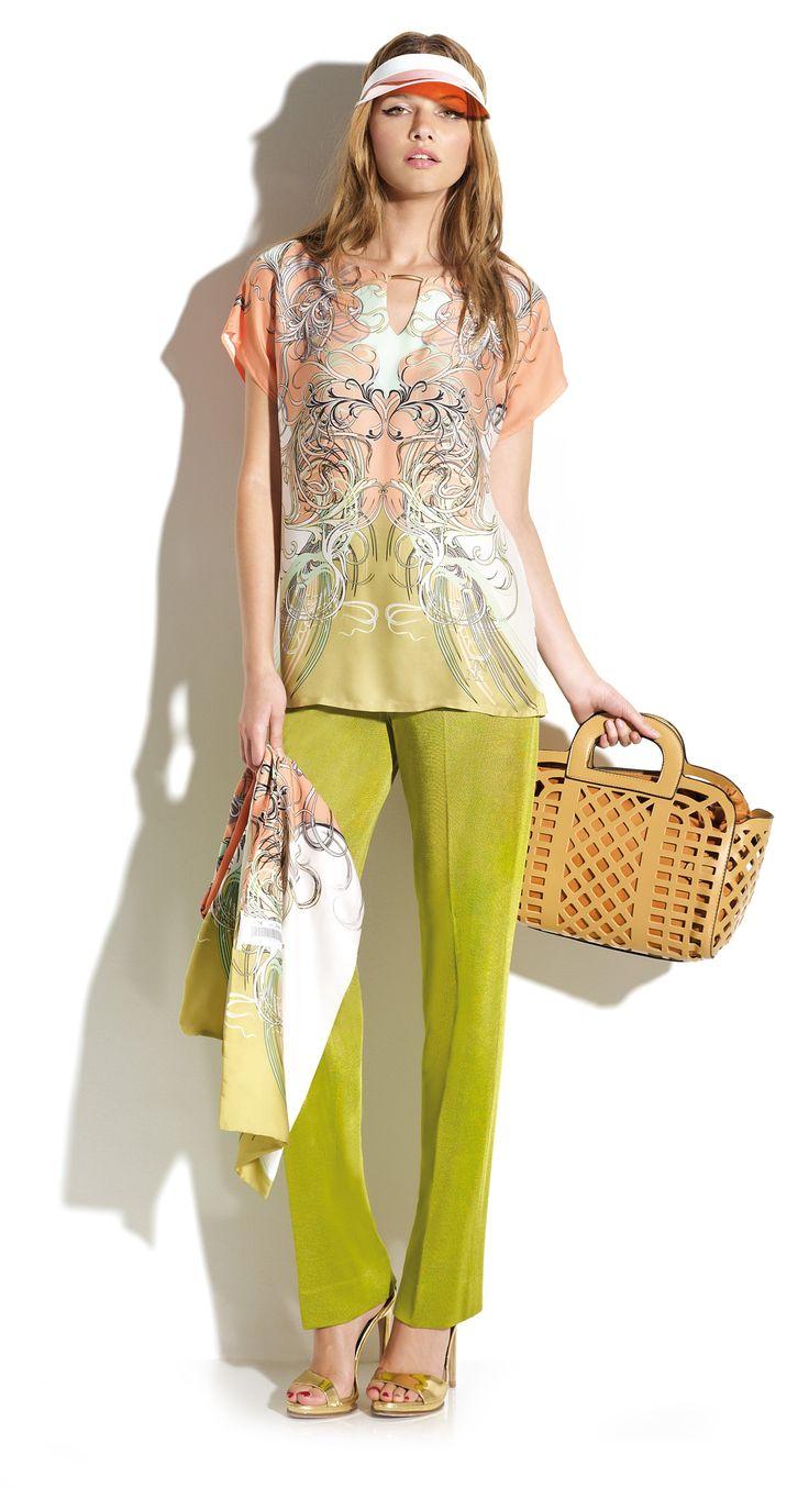 Pantalón verde lima con blusón estampado a juego. #Naulover #Moda #ModaMujer #Fashion