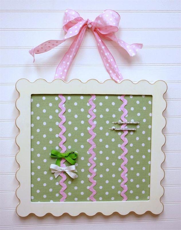 Aww adorable barrette holder for a little girl's room