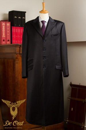 Vintage tailored 'Ambassador' coat with ticket pocket. Vintage 'Ambassadeurs' Overjas met ticket pocket.
