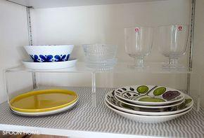 無印良品とIKEAのおすすめ収納用品。キッチン収納術をブログでレポート! 無印良品のアクリル仕切棚を使用したキッチン収納のブログ画像