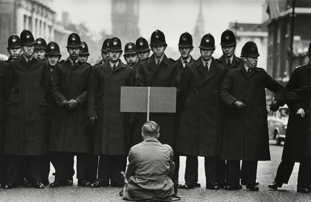 anthony luke's not-just-another-photoblog Blog: Photographer Profile ~ Don McCullin