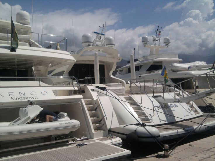 jachty w porcie Budva #Bałkany #Czarnogóra #Montenegro #Budva #Kotor #Św #Stefan #Nikola #Podgorica #Adriatyk #Matuszyk #Adriatyk #Kotor