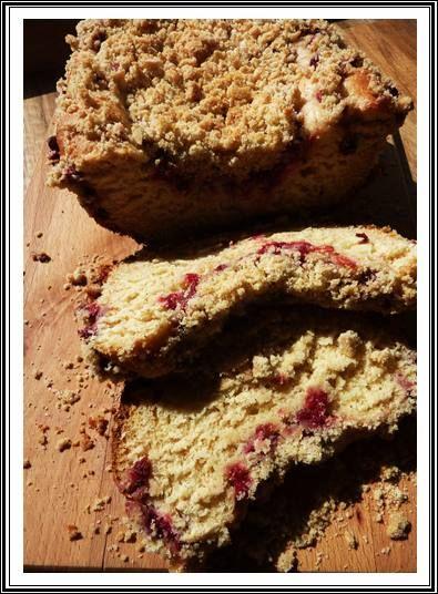 Ciasto drożdżowe z mąką razową i porzeczkami