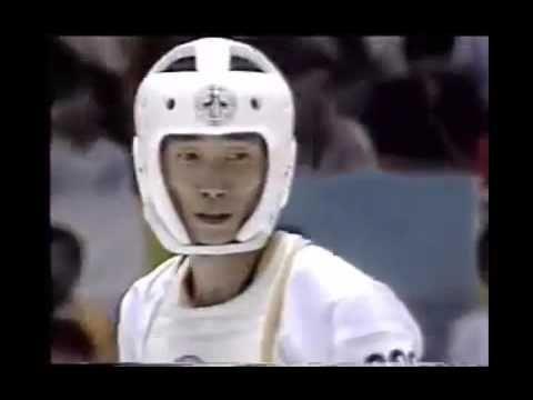 Old-Style Taekwondo Fights: The More Powerful Taekwondo Fight !!! - YouTube