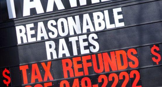 Tax Hacks 2015: 6 Things Sneaky Tax Preparers Won't Tell You