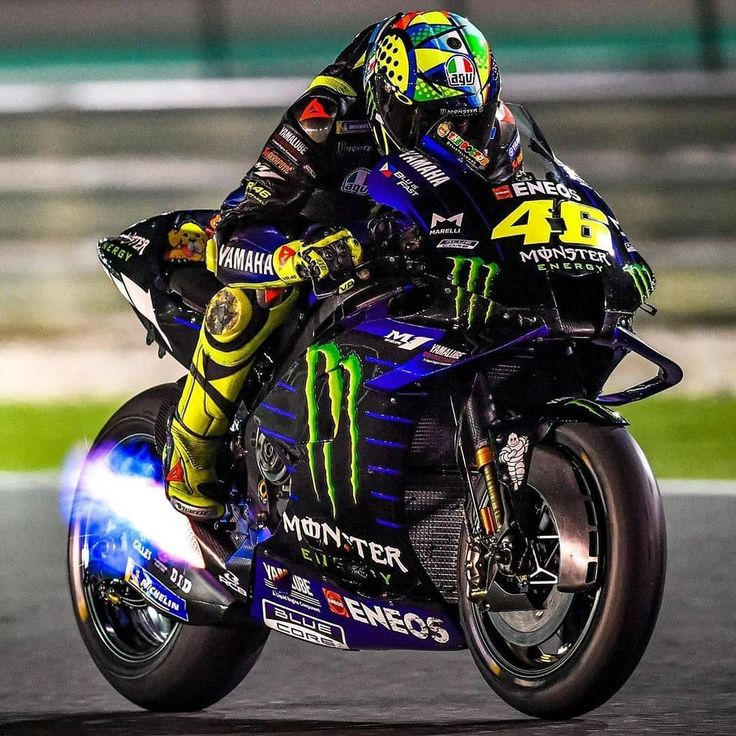 2 716 Curtidas 2 Comentarios Brake Gp Brake Gp No Instagram Valeyellow46 Firing It Up Motog In 2020 Valentino Rossi Vr46 Valentino Rossi Valentino Rossi 46