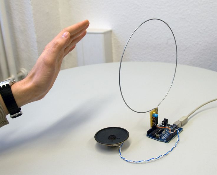 Arduino Blog » Blog Archive » Arduino-based theremin