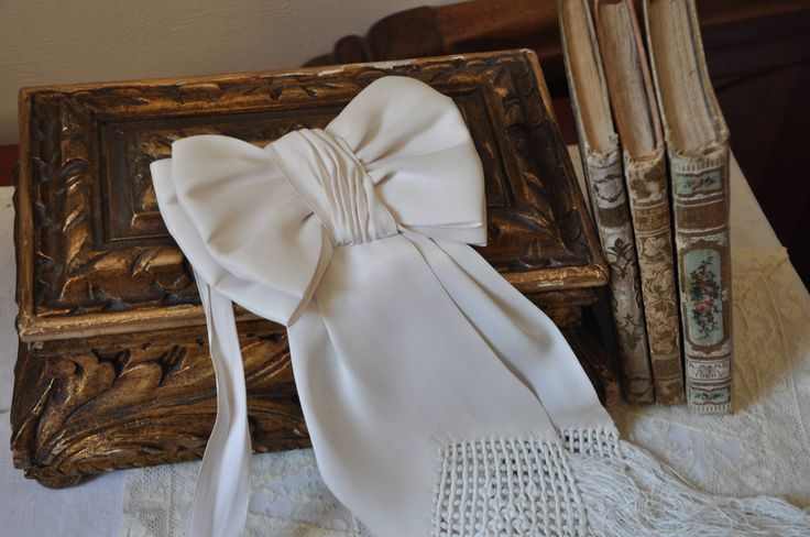 XL Antique French White Wedding Bow, Vintage Wedding Bridal Communion, Off White Ladies Antique Bow, French Country Decor, Made in France by FrenchArtAntiques on Etsy