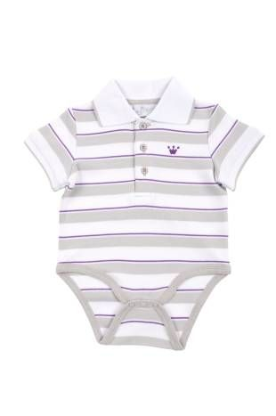 Body para bebe niño, con diseño de franjas blancas y grises y con una rayita morada. Mangas cortas.