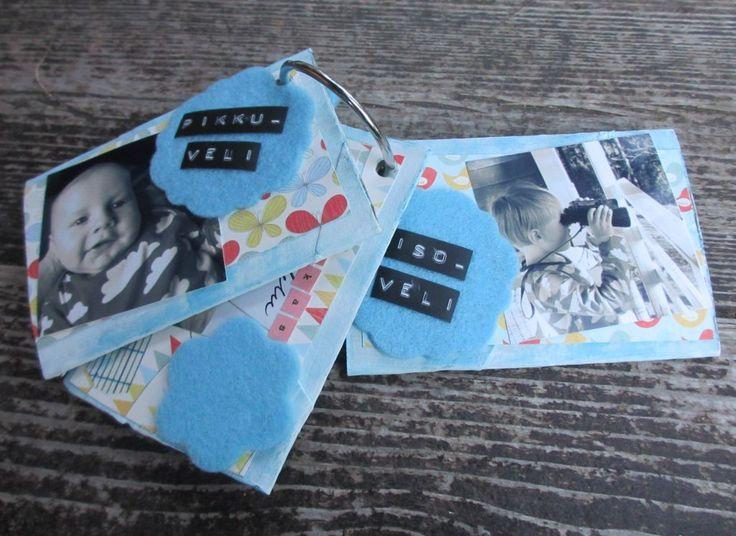 Fiskarettes Design Team - työt : Minialbumi stanssatuilla huopakoristeilla » Fiskarettes FI
