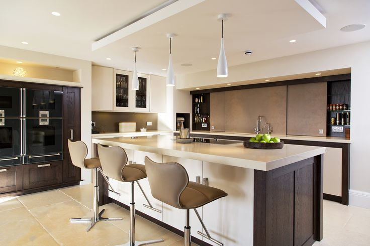 Hunter & Belle Interiors, Alderley Edge. Modern kitchen
