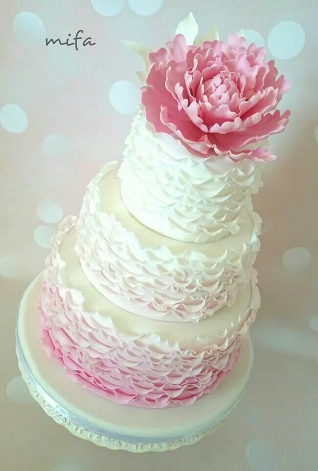 Ombre ruffle cake by Mifa