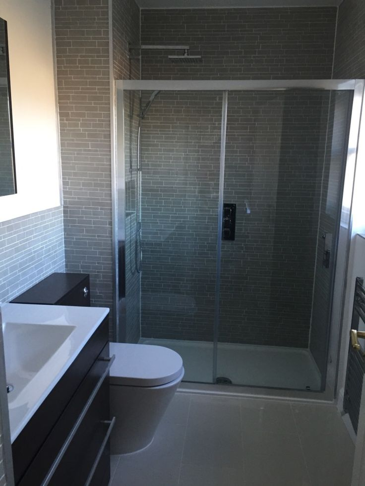 Vpshareyourstyle Fiona From St Albans Uses Dark Tiles To Create A Stylish Shower Enclosure