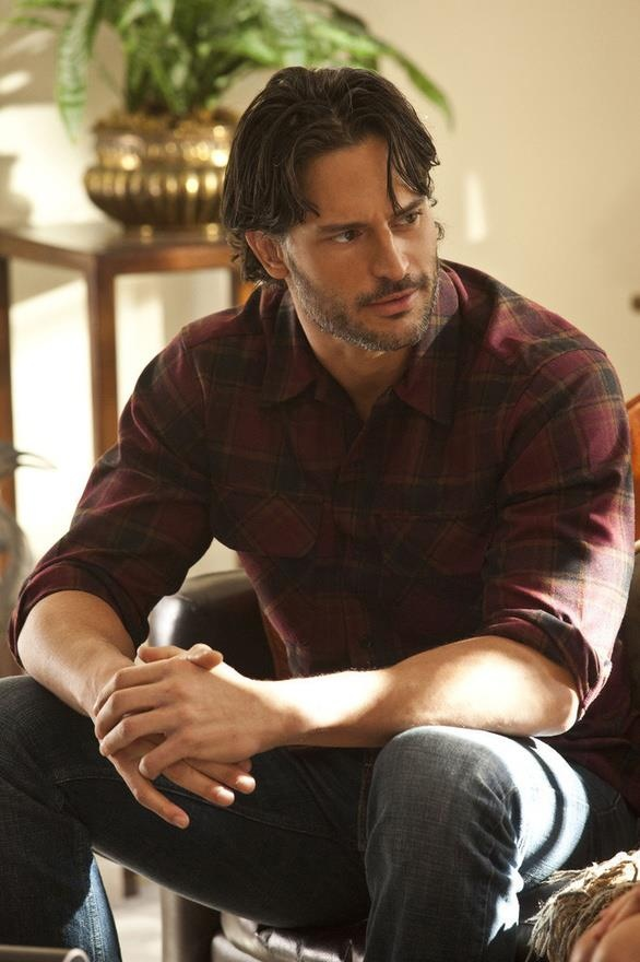 Joe Manganiello  born December 28, 1976) is a classically trained American film and theatre actor. He holds a BFA in acting from the Carnegie Mellon School of Drama.  His parents are Susan (née Brachanow), a former model, and Charles John Manganiello.[1][2][3] His father's family is Italian, from Naples and Messina (Sicily), while his mother is of Austrian, and Armenian descent