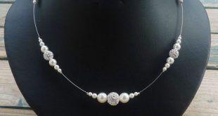 herrliche Kette Perlen und Crystal Balls
