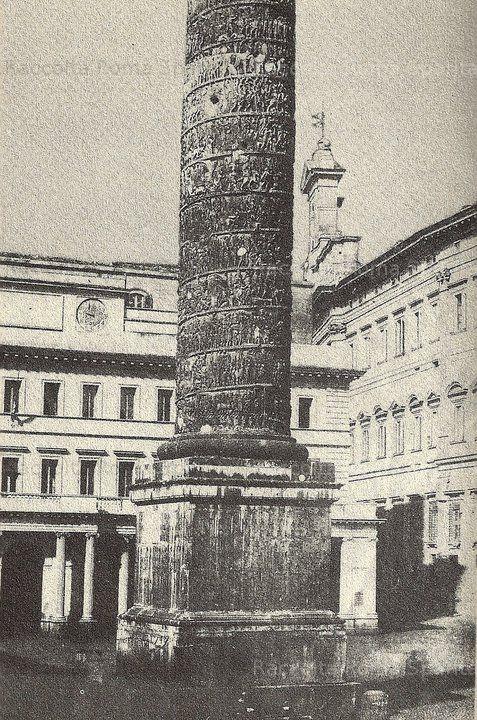 Piazza Colonna. Colonna di Marco Aurelio Anno: 1863