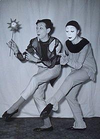 Mime artist - Wikipedia, the free encyclopedia