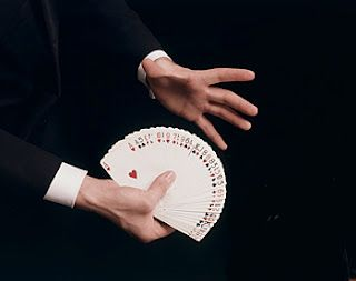 Magic Article - 10 quick tips to improve a magicians sleight of hand