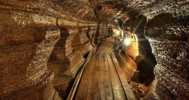 Channel Your Inner Indiana Jones By Exploring These Insane Hidden Caves In Ontario