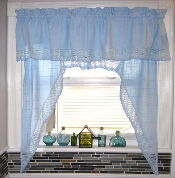 Possible Idea For Kitchen Curtains Over Sink Style Prob Diff Color But Like The Light: Best 25+ Kitchen Window Curtains Ideas On Pinterest