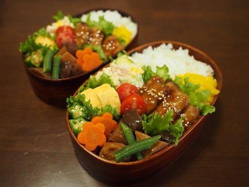 さんまの蒲焼き 筑前煮 おくらのおかか和え ポテトサラダ 卵焼き プチトマト 胡麻沢庵