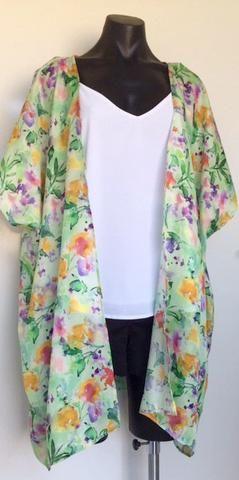 Green Watercolour Print Kimono