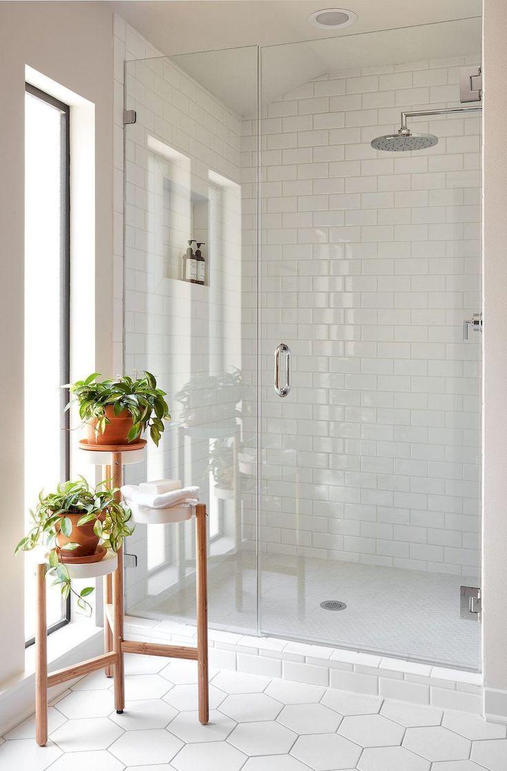 Smart Bathroom Tile Pattern Ideas That Go Together Modern White Bathroom Bathroom Tile Designs Master Bathroom Design