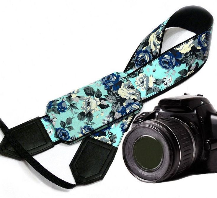 Flowers Camera Strap with a Pocket. Roses Camera Strap. DSLR / SLR Camera Strap. Photo Camera accessories. For Sony, canon, nikon, panasonic, fuji and other cameras. #CameraAccessories
