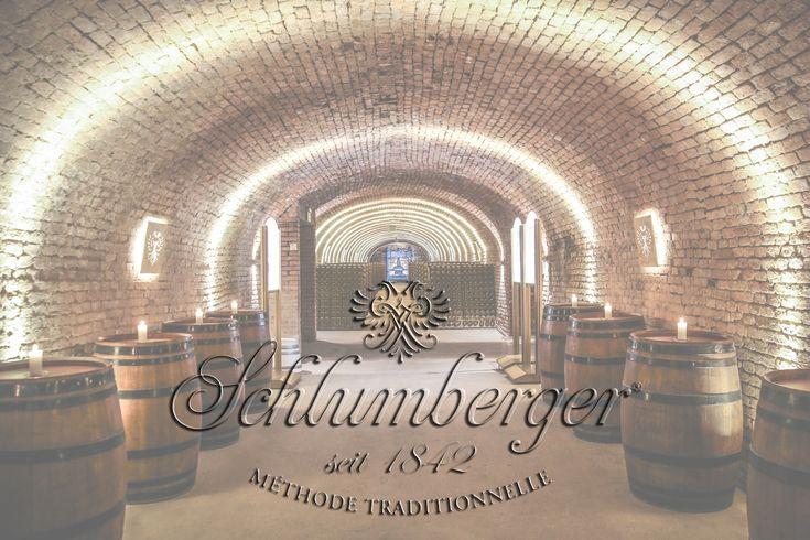 Secesyjny Wiedeń kojarzy się przede wszystkim z eleganckimi cukierniami i kawiarniami, walcem Straussa, Mozartem, cesarzową Sissi oraz wiedeńskim Praterem. Ale Wiedeń to również winnice oraz pierwsza winiarnia, w której powstało musujące wino. http://exumag.com/schlumberger-wiedenska-tradycja-musujacego-wina/