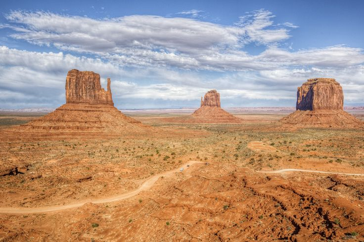 https://flic.kr/p/Trms3u | Monument Valley | As seen from the visitor center. _MG_7761_2_3_ enhancer_ cs5_ 8x12 crop b
