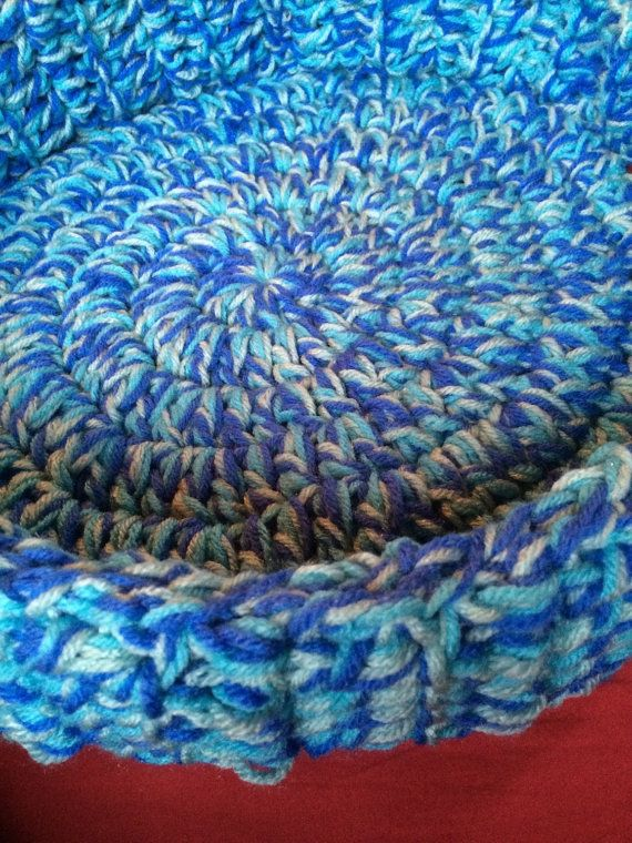 Hand Crocheted Pet Bed for Dogs or Cats by Momma22Jewelry on Etsy