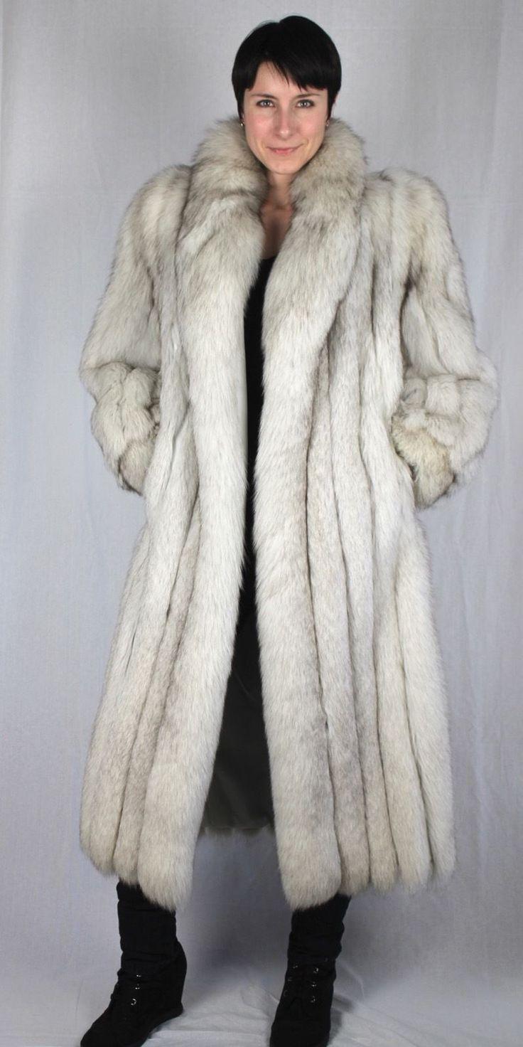 993 best Fur 10 images on Pinterest   Fur coat, Fur coats and Foxes