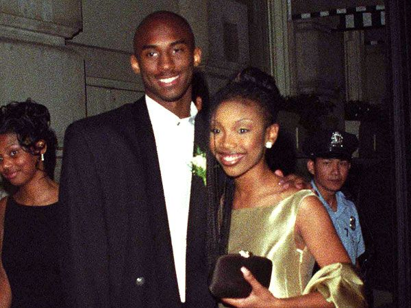 At the time only ONE of them was famous, but the paparazzi still showed up to snap prom pictures of a young Kobe Bryant and Brandy