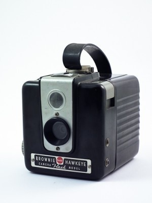 My parents had a camera like this.  Brownie HawkeyeFilm Camera