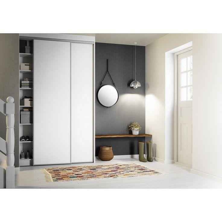 Need room for storage in your hallway? #basicbykvik fits both most budgets and small spaces  #roomformoreshoes#storage#basic#slidingdoors#kvikkitchen#kvik#hallway#danishdesign