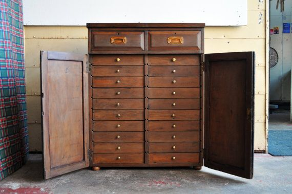Beautiful Antique Collectors Cabinet - Museum Cabinet - Haberdashery Apothecary Chest of Drawers - Specimen Display - Possibly Victorian