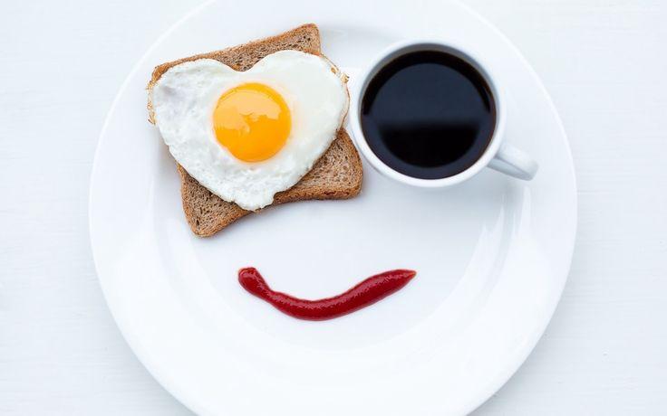 Śniadanie, Talerz, Jajko, Tost, Kawa, Keczup