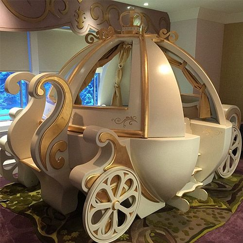 #coachbed  #carriagebed  #fantasycoachbed  #princessroom  #princessbed  #cinderellabed