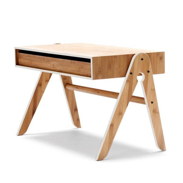 We Do Wood Geo børnebord i lysgrå. Kan også bruges som sofabord. Nyeste '14 kollektion