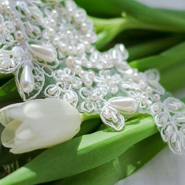💎💎💎Расшитое жемчугом и кристаллами кружево на ободке или ленте (под заказ) #украшениявналичииmore#украшения #свадебнаяприческа #свадьба #свадебноеплатье #прическа