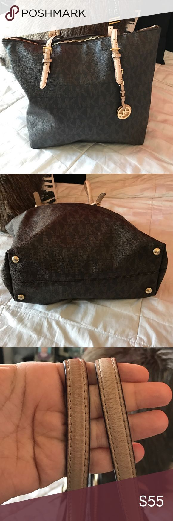 Michael kors bag Used but still in good condition .. no scuffs or tear or marks..some fading on the hard ware .. Michael Kors Bags Shoulder Bags