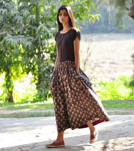 Rose print buttoned maxi dress