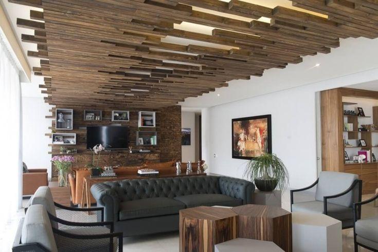 plafond bois de noyer original- plafond lumineux à led dans le salon design