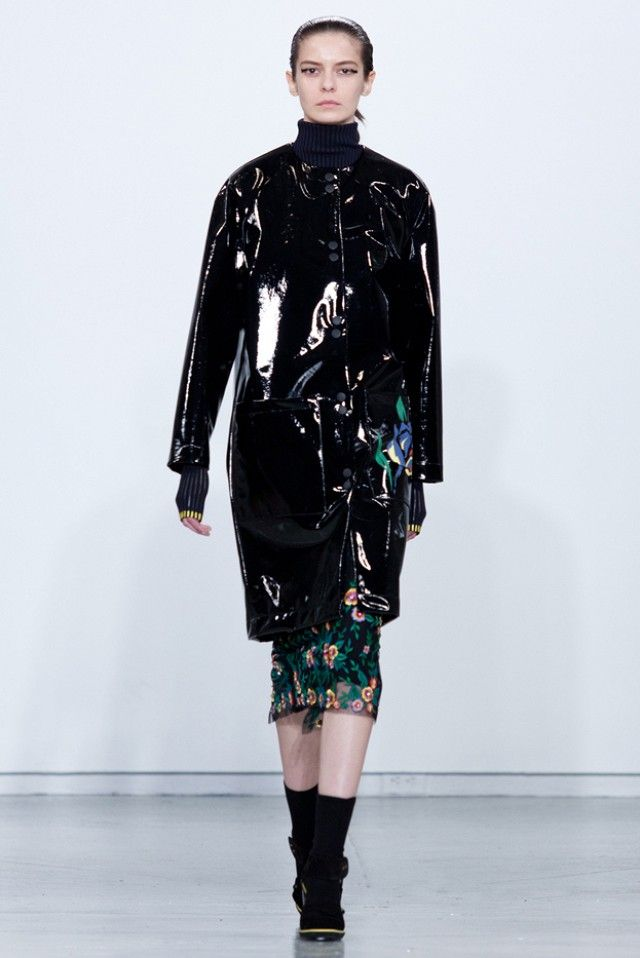 Suno F/W 15: An Exaggerated Homage to Hippie Culture via @WhoWhatWear
