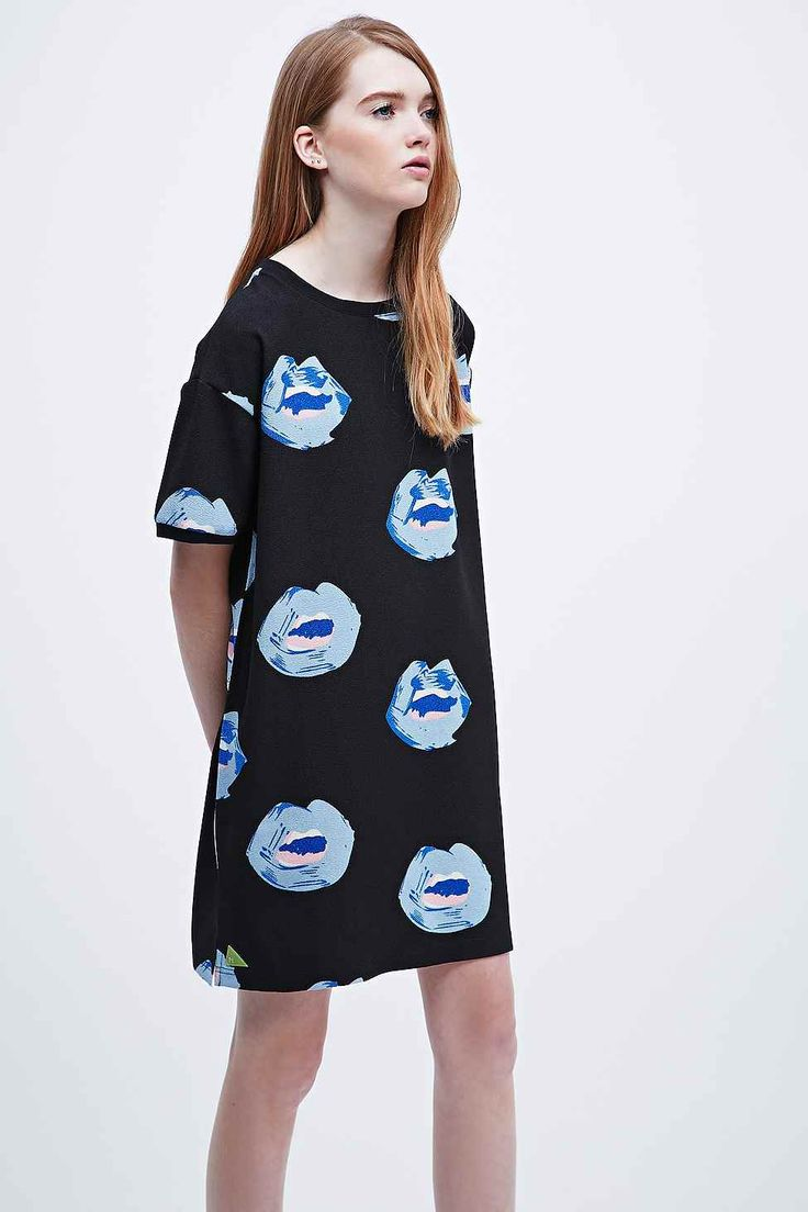 Pippa Lynn Abstract Lips Dress in Black