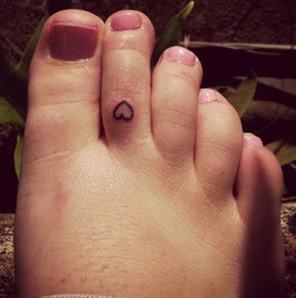 Toe Tattoos | Tattoo Designs Tattoo Pictures