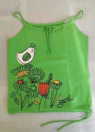 Kupuj mé předměty na #vinted http://www.vinted.cz/damske-obleceni/tilka/9565606-skvele-zelene-tilko-s-jarnim-motivem