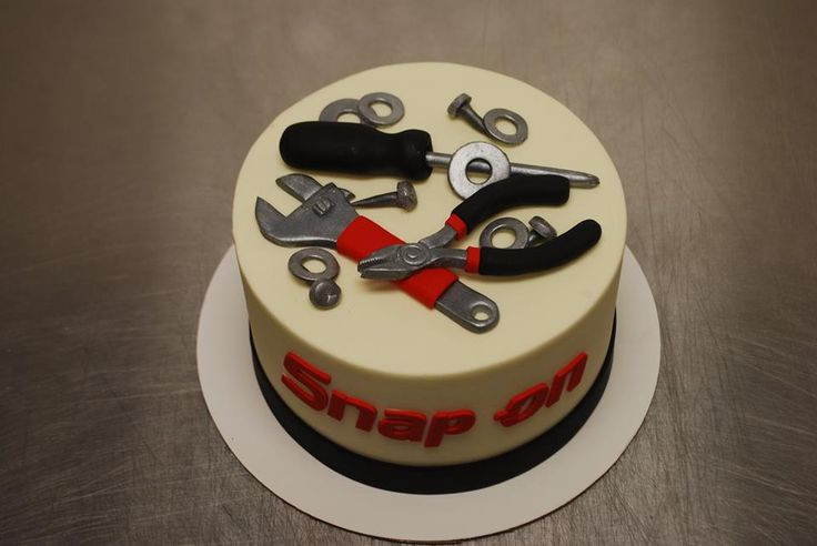 Daphne's Bakery, Mint Hill NC! Best Place ever! Idea for Jordan's Birthday! Tool Cake. Snap On. Mechanic.