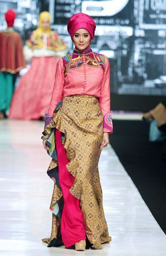 Hijab Batik Dress by Dian Pelangi
