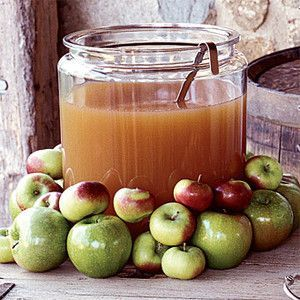 Serve apple cider at your fall wedding reception. Serve both nonalcoholic and alcoholic types :)
